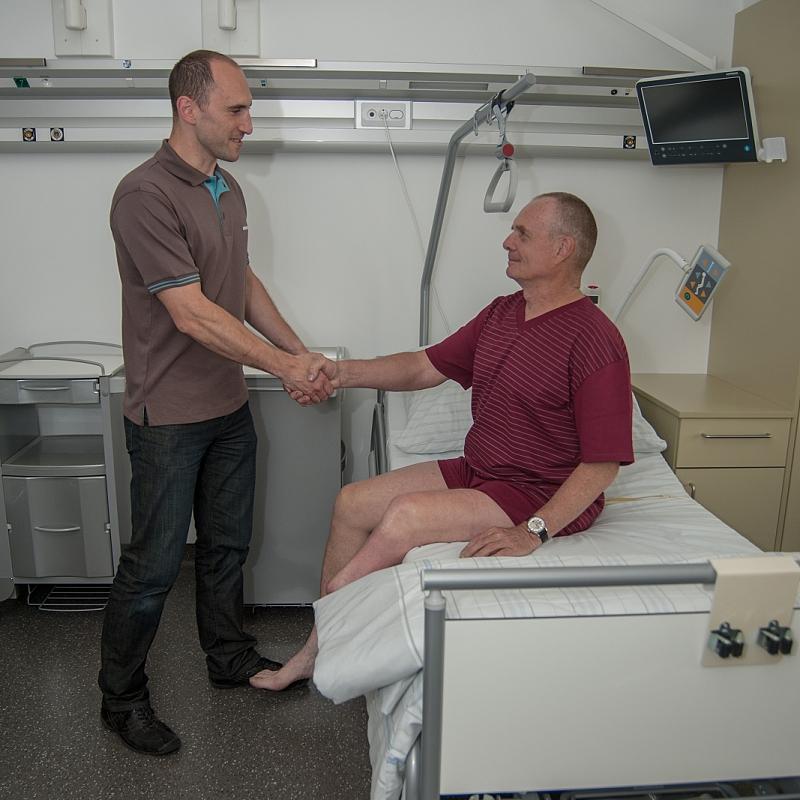 Setkání s ortotikem-protetikem.