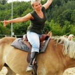 Byli jsme s Černými koňmi na koních aneb Řícmanice 2015
