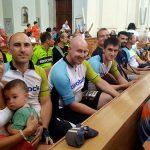 Před startem se všichni účastníci sešli v bazilice Svaté Markéty...