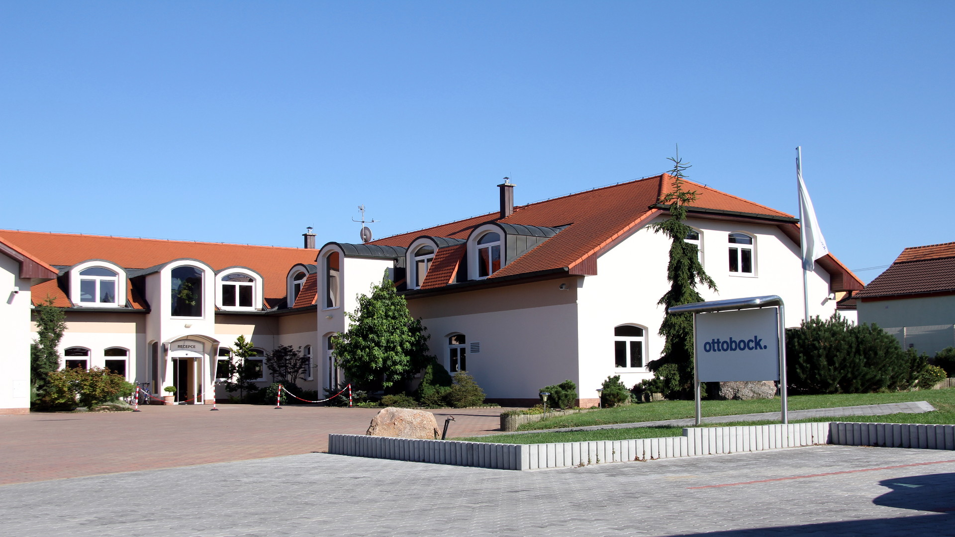 Firemní Dům Ottobock, Zruč-Senec